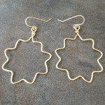 14K Gold Filled Earrings with Medium Size Zigzag Hoops